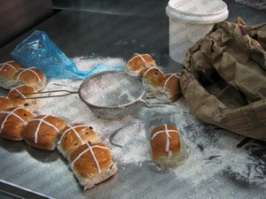 Creating a world record hot-cross bun - how hard can that be?